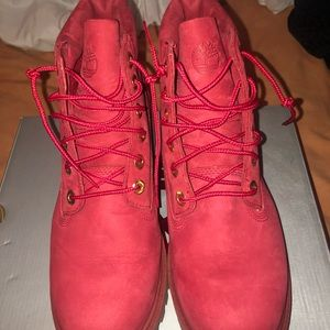 Limited release timberlands